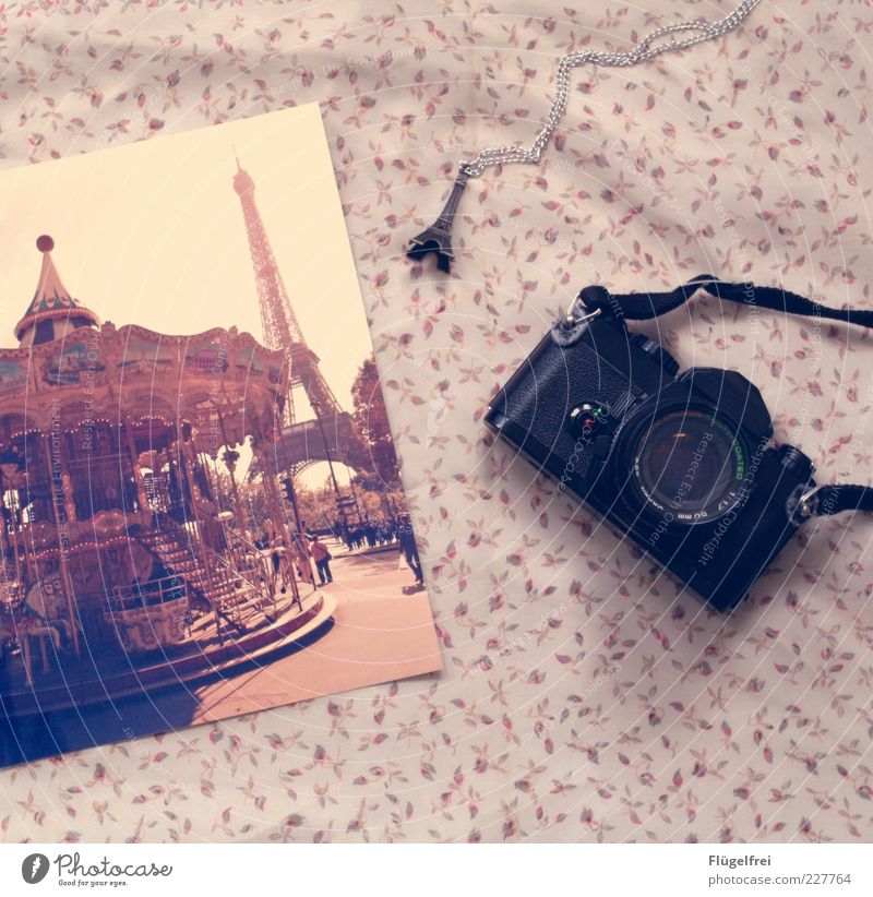 Vacation & Travel Joy Paris Lie Photography Trip Romance Camera Delicate Analog France Chain Tourist Attraction Blanket Vintage Trailer