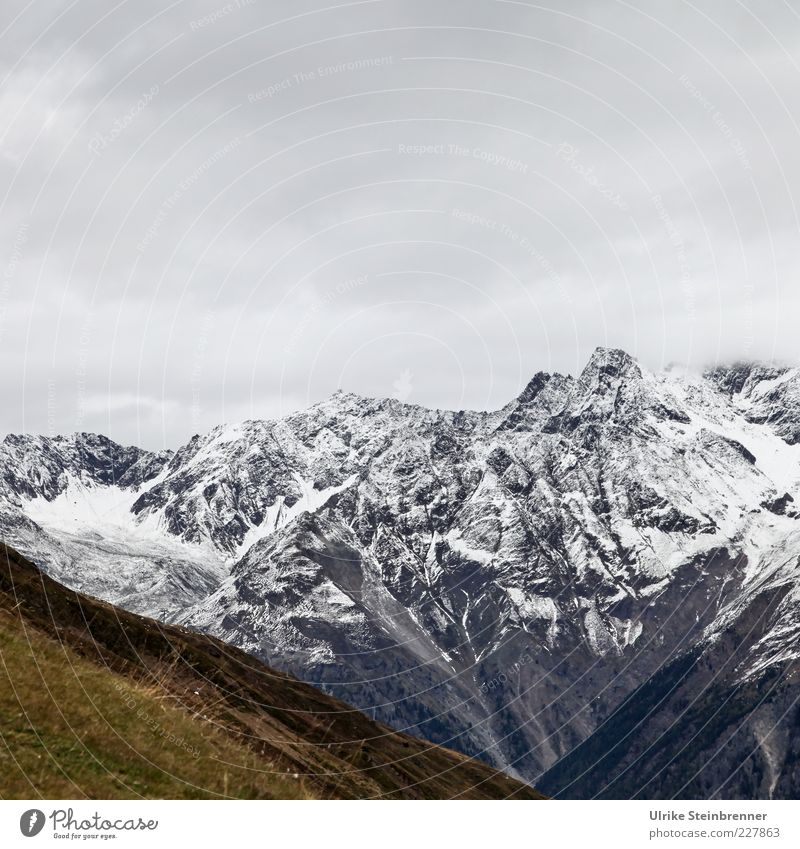 V Environment Nature Landscape Elements Clouds Autumn Ice Frost Snow Grass Alps Mountain Snowcapped peak Glacier Canyon Threat Natural Beautiful Point Calm