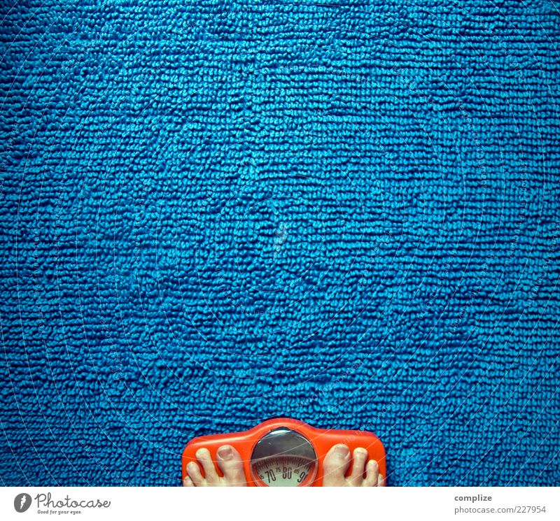 Blue Beautiful Feet Orange Healthy Contentment Masculine Retro Uniqueness Digits and numbers Bathroom Wellness Overweight Concern Diet Display