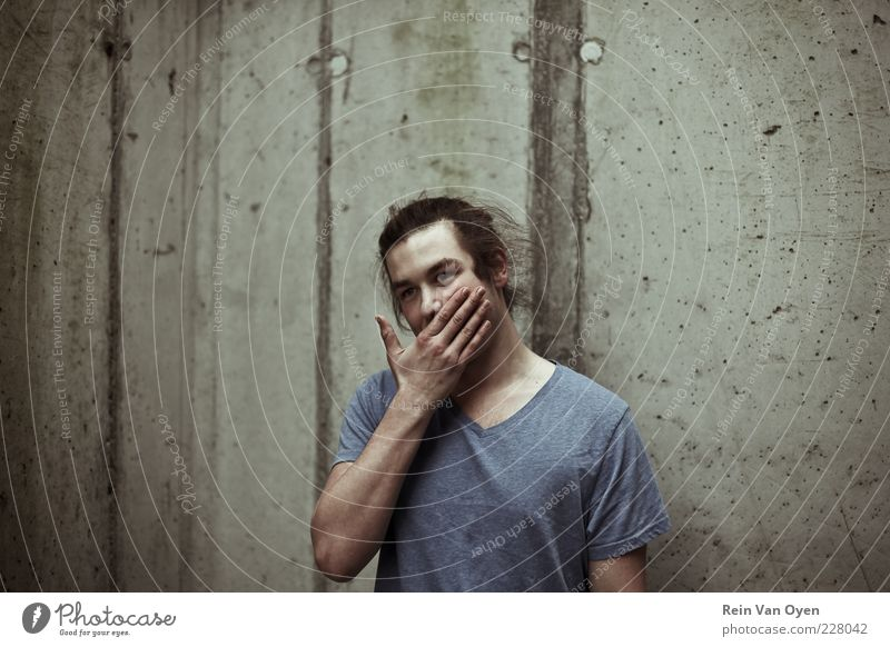 Urban portrait Human being Masculine Man Adults 1 18 - 30 years Youth (Young adults) Wall (barrier) Wall (building) Concrete Hand Colour photo Subdued colour