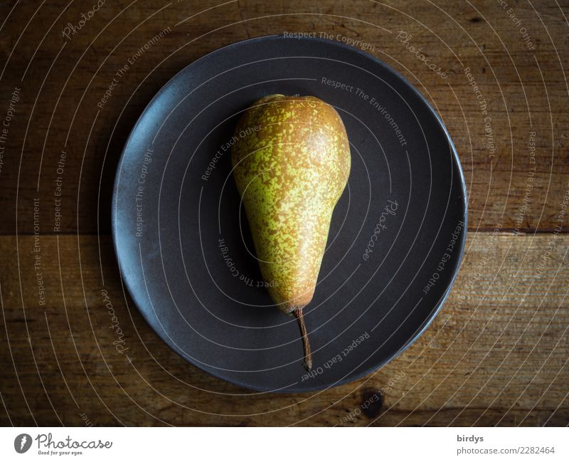 One plate pear Fruit Pear Nutrition Vegetarian diet Diet Plate Healthy Healthy Eating Wooden table Simple Fresh Delicious Positive Juicy Brown Yellow Judicious