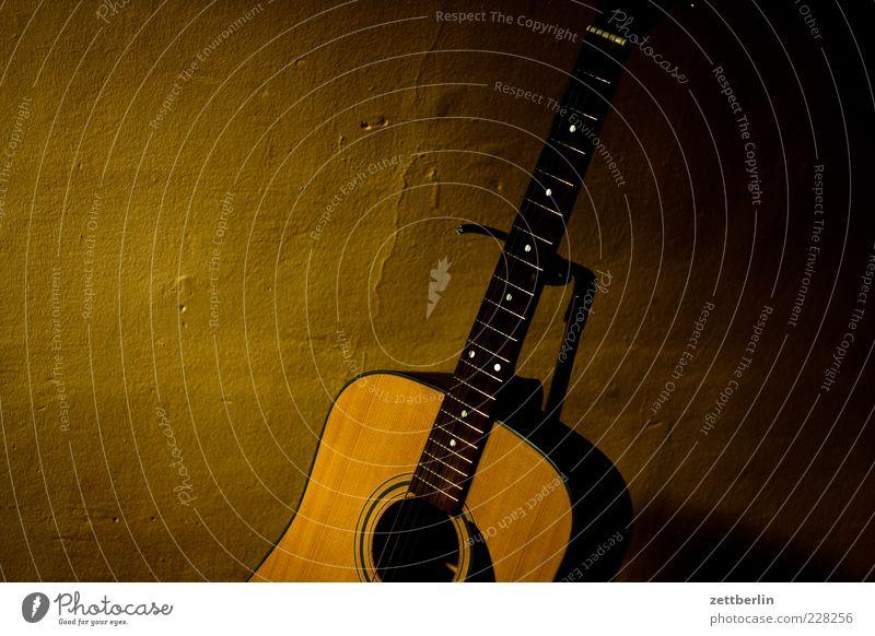 Dark Music Leisure and hobbies Guitar Musical instrument string Low-key Fretboard Guitar string Guitar stand