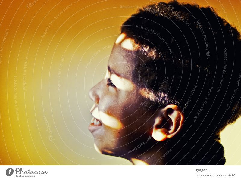 Human being Child Youth (Young adults) Eyes Yellow Boy (child) Head Dream Infancy Mouth Masculine Stripe Illuminate Ear Smiling To enjoy