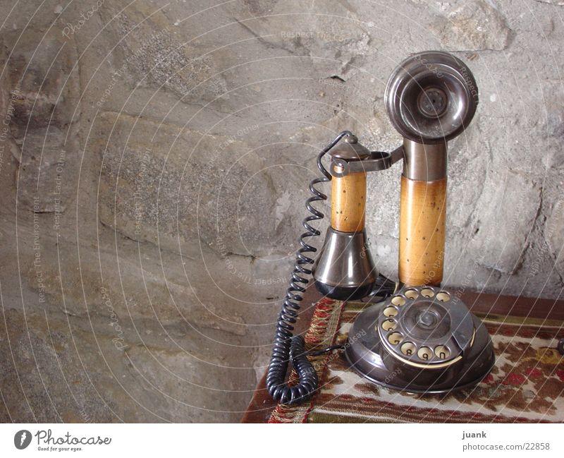 telephone Things Telefono de casa mariano en Benasque -Huesca-