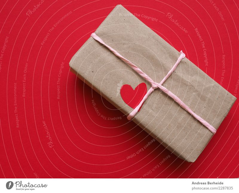 On Valentine's Day Feasts & Celebrations Christmas & Advent Birthday Paper Packaging Package Love wrapped symbolic giving present shaped mothers day