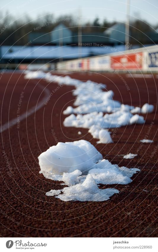 Winter Cold Snow Sports Building Line Ice Weather Walking Signs and labeling Climate Running sports Frost Beautiful weather Effort Racecourse