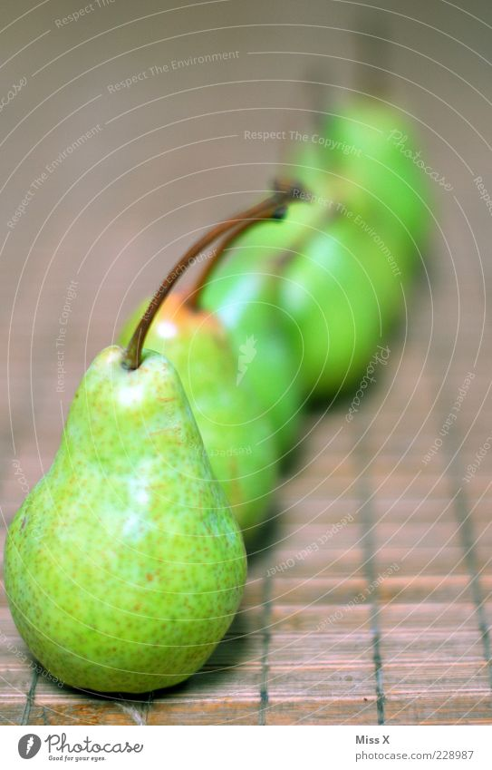 array Food Fruit Nutrition Organic produce Vegetarian diet Delicious Juicy Sour Sweet Green Pear Row Many Stalk Food photograph Colour photo Multicoloured
