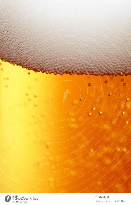 Brewing. Food Beverage Cold drink Alcoholic drinks Beer Beer glass Froth Keg beer Tingle Carbonic acid Bubble White Yellow-gold Intoxicant Delicious