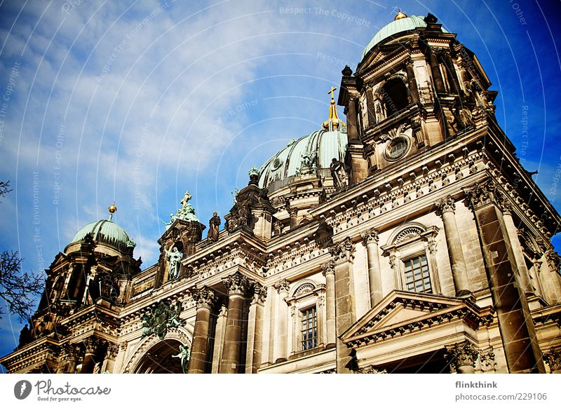 Sky Vacation & Travel Architecture Building Trip Tourism Church Manmade structures Past Landmark Dome Sightseeing Tourist Attraction Blue sky Berlin