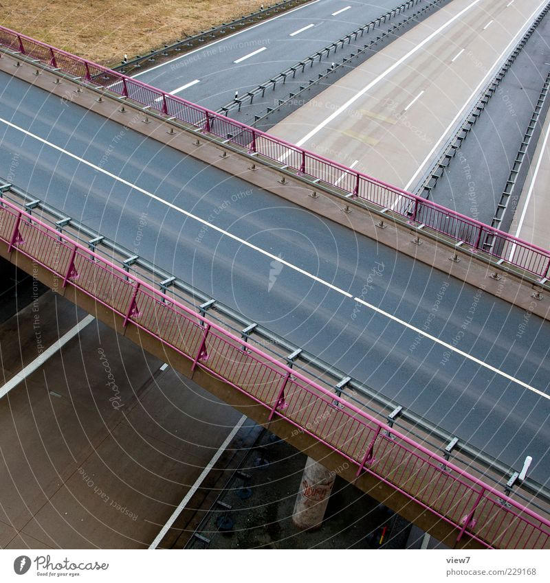 bridge :: Manmade structures Transport Traffic infrastructure Street Highway Overpass Bridge Concrete Line Stripe Esthetic Authentic Modern Above Gray Handrail