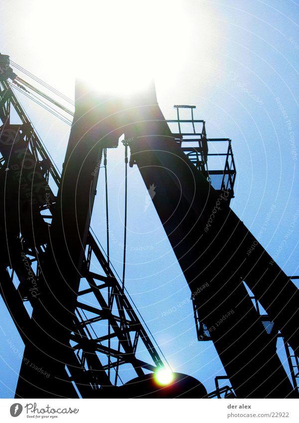 Sun Metal Industry Harbour Weight Crane Bremen Grating Lens flare Patch of light