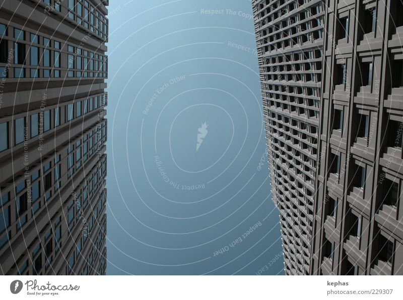 geometry Town Capital city Deserted High-rise Manmade structures Building Architecture Wall (barrier) Wall (building) Facade Window Esthetic Tall Modern Above