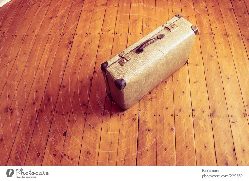 Old Summer Freedom Emotions Wood Movement Moody Room Flat (apartment) Lifestyle Floor covering Change Transience Joie de vivre (Vitality) Nostalgia Suitcase