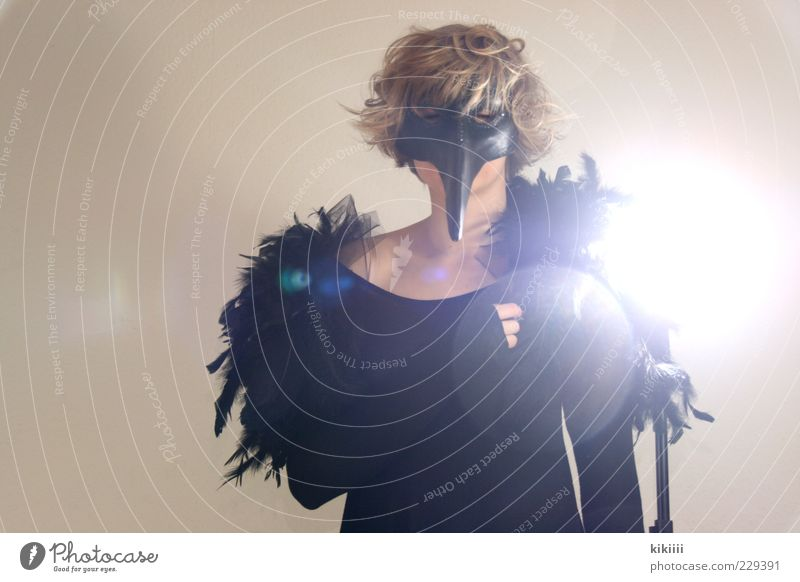Woman Black Relaxation Blonde Feather Point Mask Bizarre Beak Floodlight Costume Dress up Disguised Back-light Unidentified Seeming