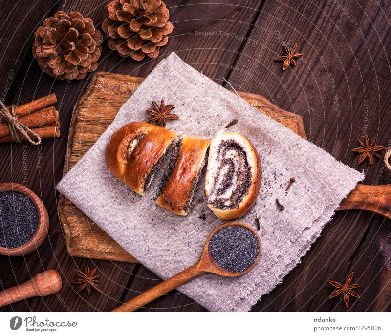 sliced poppy rolls Food Bread Roll Dessert Candy Spoon Table Wood Eating Fresh Delicious Above Brown Tradition Poppy seed biscuit Chopping board Home-made Cut