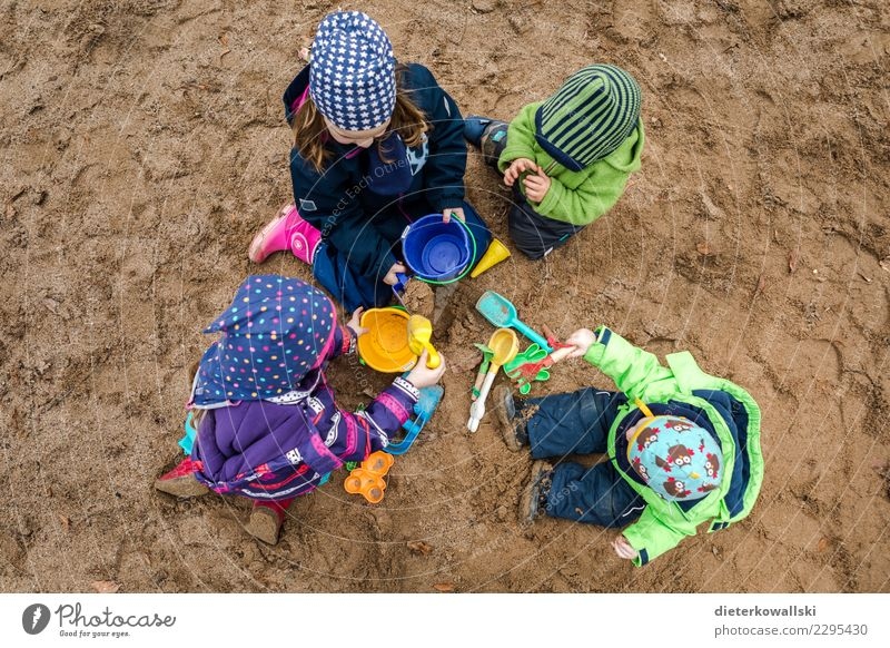 sandbox friends Playing Children's game Human being Toddler Girl Young woman Youth (Young adults) Brothers and sisters Sister Family & Relations Friendship