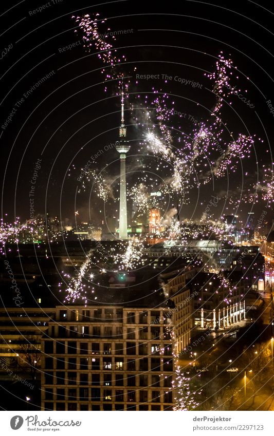Berlin celebrates: Picture no. 1.500 ;-) Lifestyle Luxury Vacation & Travel Adventure Far-off places Freedom Sightseeing City trip Night life Party Event Music