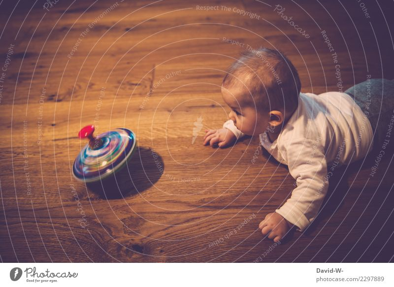 spinning top Healthy Life Contentment Senses Relaxation Playing Parenting Human being Child Baby Toddler Infancy 1 0 - 12 months Art Observe Interest Surprise