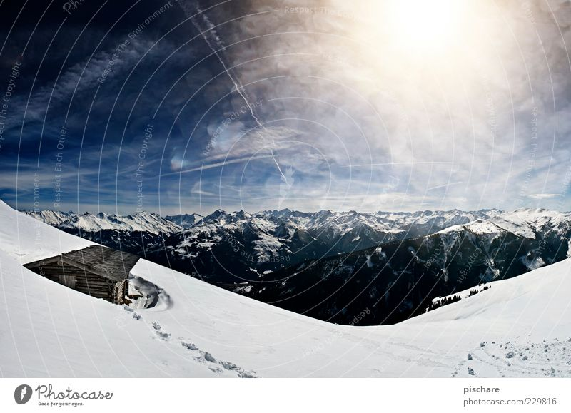 Sky Nature Beautiful Sun Winter Far-off places Snow Environment Mountain Horizon Tourism Esthetic Alps Infinity Beautiful weather Hut