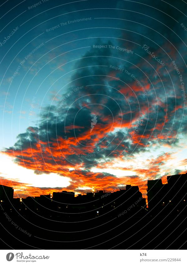 Sky City Clouds Far-off places Air Skyline Dusk Cloud formation Lure of the big city