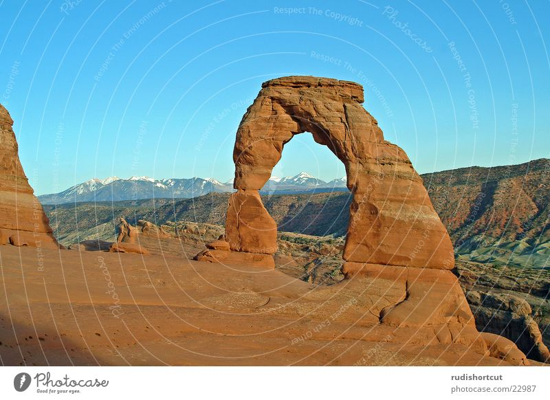 Delicate Arch Arches National Park Utah Dusk USA stone arch Rock arch Monumental Miracle of Nature Natural phenomenon Tourist Attraction Landmark Far-off places