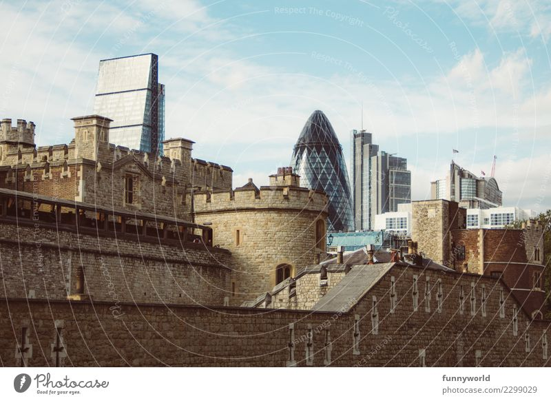Old and new in London England Europe Capital city Downtown Skyline Deserted House (Residential Structure) Castle Manmade structures Building Architecture