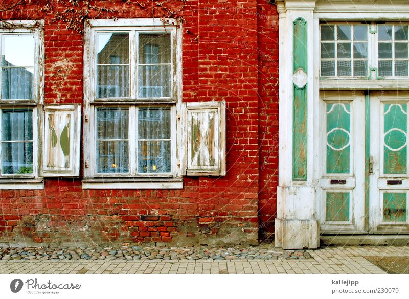 old town Small Town Old town House (Residential Structure) Detached house Wall (barrier) Wall (building) Window Door Mailbox Potsdam Colour photo Multicoloured