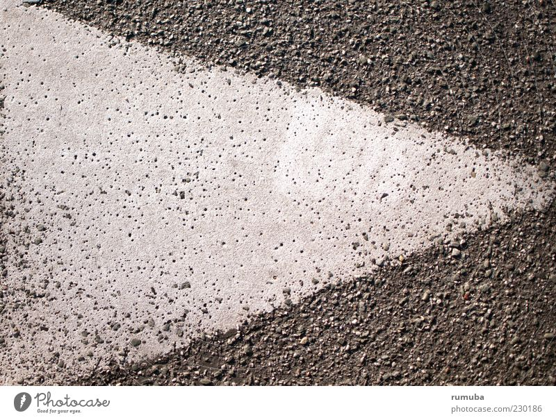 White Street Gray Dye Arrangement Target Asphalt Sign Arrow Right Triangle Groundbreaking Orientation marks