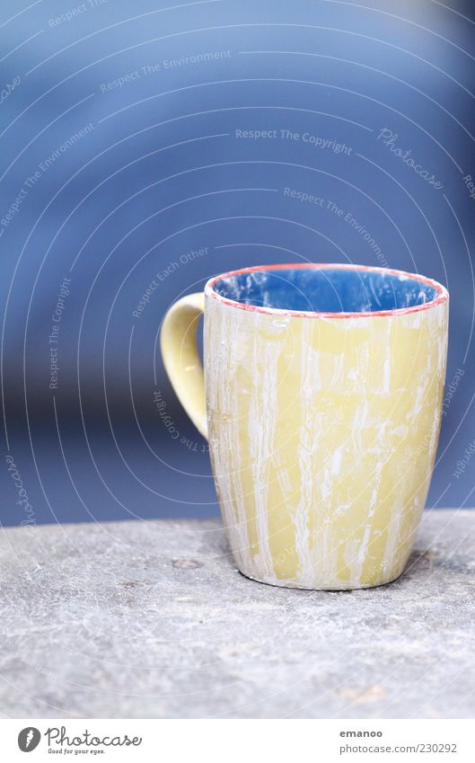 Blue Yellow Dirty Empty Things Crockery Cup Mug Full Vessel Dried Contents