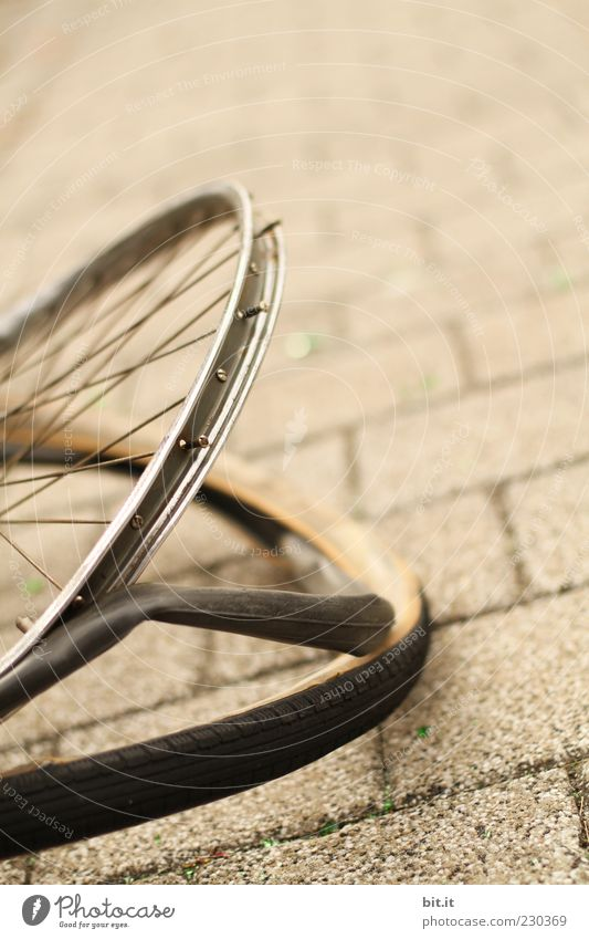 Gray Lanes & trails Stone Metal Brown Bicycle Dangerous Broken Force Sudden fall Wheel Destruction Tire Paving stone Aggression Hose