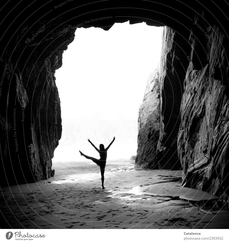 peppy | raise the dance leg II Leisure and hobbies Dance Dancer Ballet Feminine 1 Human being Nature Summer Rock Beach Cave Movement To enjoy Esthetic Athletic