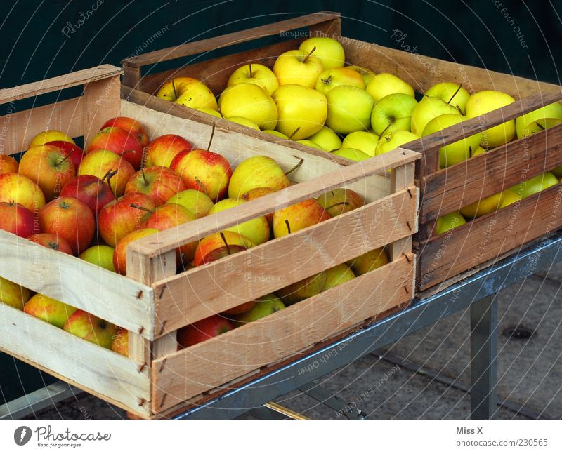 Green Red Nutrition Food Fruit Fresh Apple Harvest Delicious Organic produce Crate Goods Markets Agriculture Market stall Wooden box