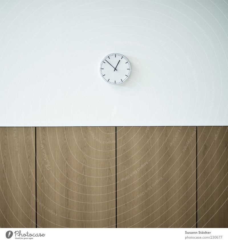 White Wall (building) Wood Wall (barrier) Wait Clock Break End Detail Minimalistic Action Clock hand Prompt Minute hand Lunch hour Station clock