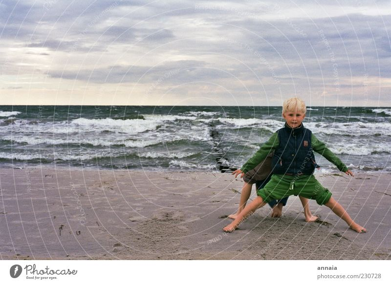 Human being Child Sky Youth (Young adults) Water Vacation & Travel Ocean Beach Joy Far-off places Playing Boy (child) Friendship Infancy Waves Horizon