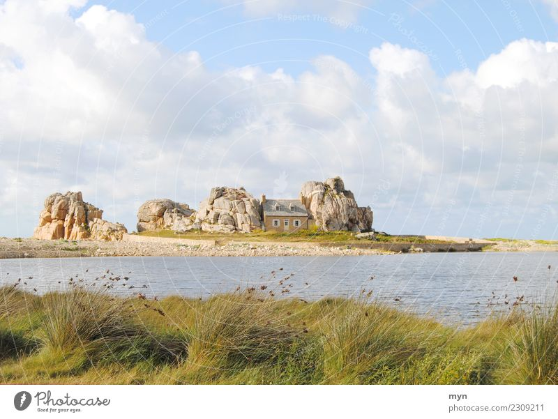 The house between the rocks Vacation & Travel Tourism Summer Beach Ocean Living or residing Flat (apartment) House (Residential Structure) Dream house Sky
