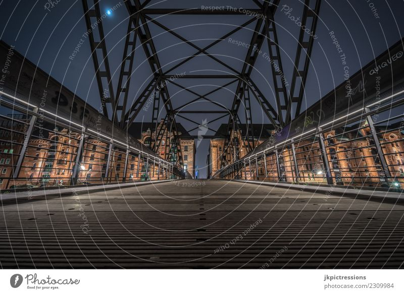 Wide-angle bridges photo in Hamburg Speicherstadt Europe Germany Old warehouse district World heritage Harbour Night Night shot Wide angle Moon Dark