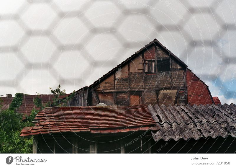 Old House (Residential Structure) Window Building Facade Change Roof Transience Derelict Brick Past Decline Shabby Backyard Vacancy Old building