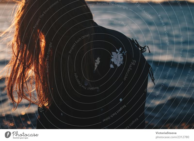 Sunkissed hair. Backlight of hair. Girl at the sea Lifestyle Human being Young woman Youth (Young adults) Woman Adults Hair and hairstyles 1 Inspiration Ocean