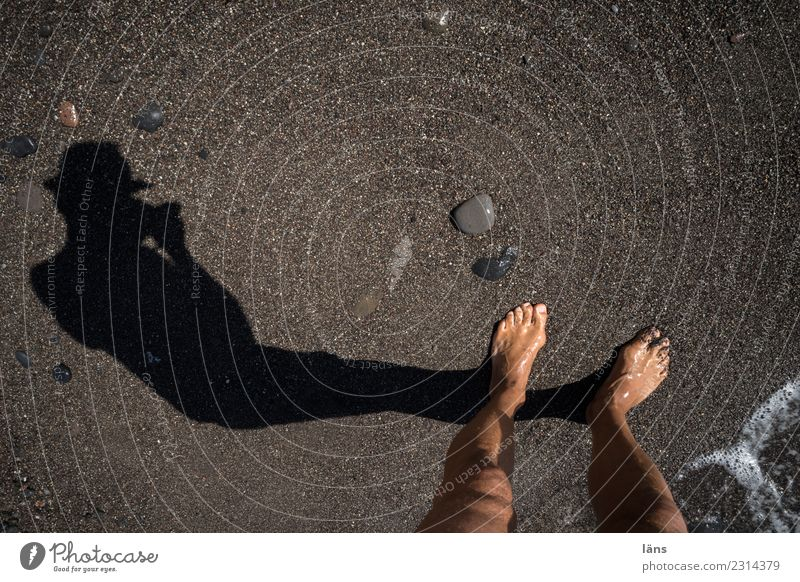 Feet on the beach Human being Masculine Life 1 Sand Water Coast Beach Island Santorini Observe Discover Maritime Expectation Curiosity Take a photo Colour photo
