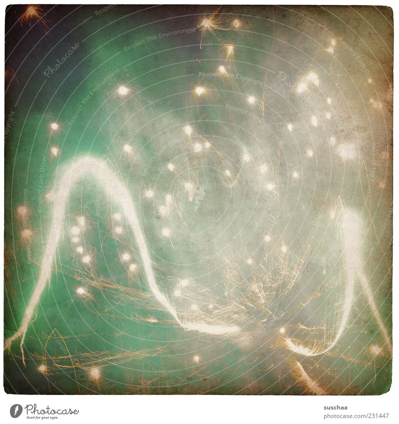 Green Bright New Year's Eve Night sky Stripe Point Illuminate Firecracker Loud Flashy Spark