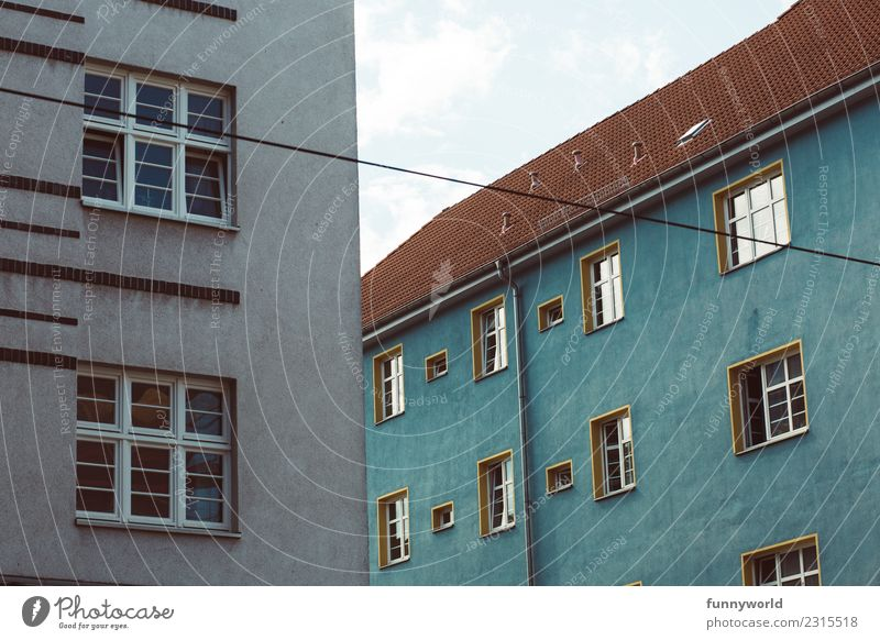 Sky Blue Town Red House (Residential Structure) Window Exceptional Germany Facade Living or residing Flat (apartment) Esthetic Roof Capital city