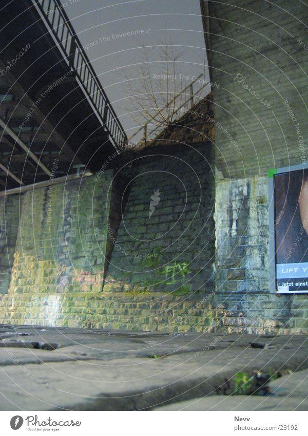 under the bridge Railroad bridge Night Long exposure Neuss district Bridge Street