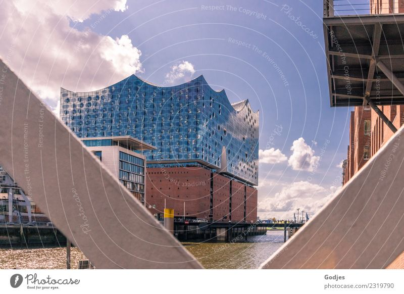 Elbe Philharmonic Hall in Hamburg Water Sky Clouds Downtown Deserted Bridge Building Architecture Facade Balcony Tourist Attraction Sharp-edged Maritime