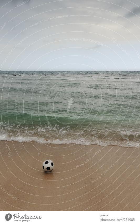 Nature Blue White Summer Ocean Beach Clouds Black Brown Horizon Soccer Lie Round Bad weather Sandy beach