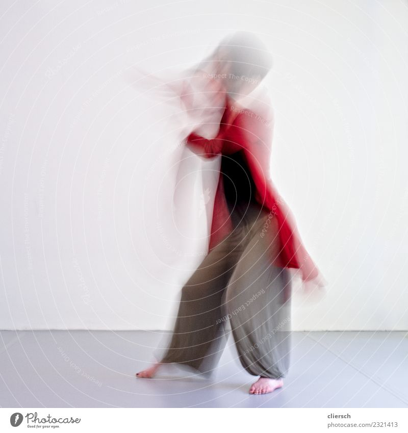 Dance and Movement Human being Feminine Androgynous Young woman Youth (Young adults) Woman Adults Female senior Mother Sister Body 1 Art Artist Museum