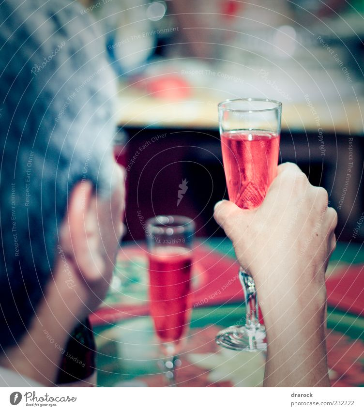 Cheers! Beverage Drinking Cold drink Alcoholic drinks Sparkling wine Prosecco Champagne Party Feasts & Celebrations Masculine Man Adults Life Arm 1 Human being