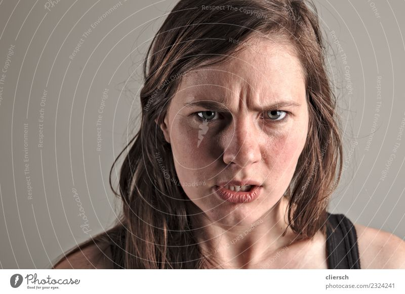 Young woman is angry Human being Feminine Youth (Young adults) Woman Adults Head 1 18 - 30 years Aggression Authentic Exceptional Threat Dark Sharp-edged Firm