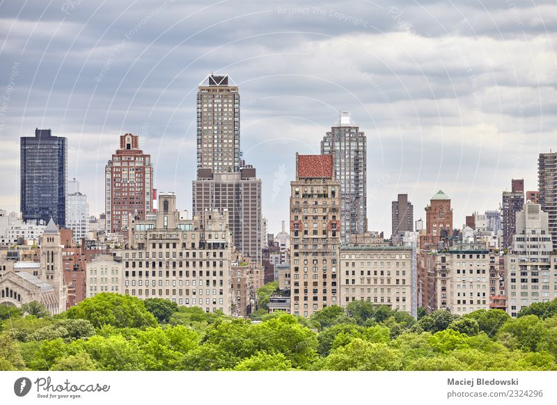 Manhattan skyline over the Central Park, New York City. Sightseeing City trip Living or residing Flat (apartment) Work and employment Workplace Office Landscape