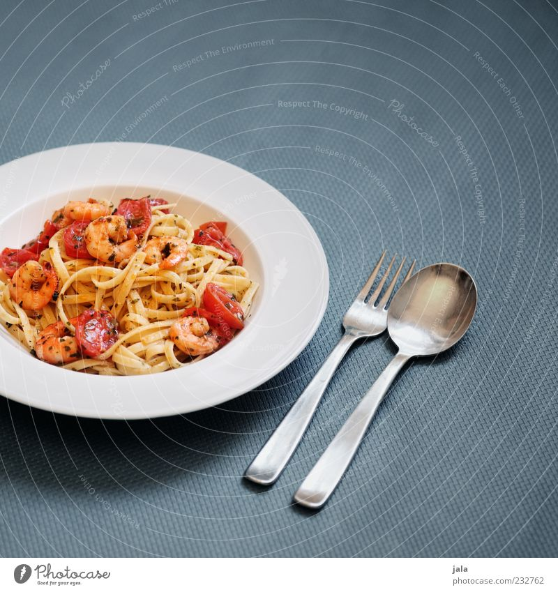 chilli prawn linguine Food Seafood Dough Baked goods Shrimps Tomato Nutrition Lunch Organic produce Slow food Italian Food Crockery Plate Cutlery Fork Spoon