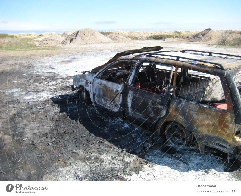 Sky Car Blaze Broken Vehicle Cloudless sky Means of transport Damage Deserted Burnt out Wrecked car Traffic accident